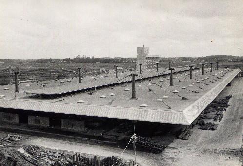 建設中の船橋市中央卸売市場 (昭和43年頃)